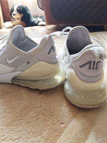Pantofi sport Nike270 originali. Accept orice verficare
