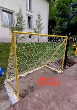 Футбольные ворота, детская площадка