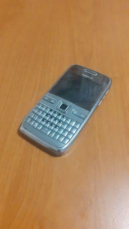 Nokia e 72    (раритет)