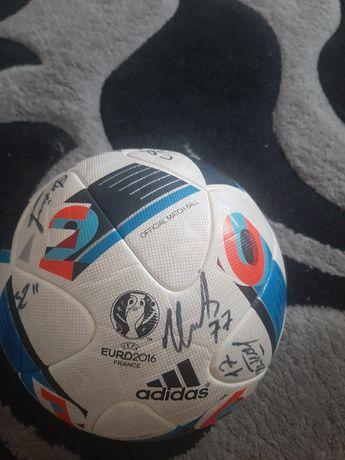 Продам футбольный мяч!