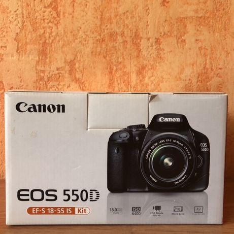 Продам цифровой фотоаппарат Canon 550D в комплекте.