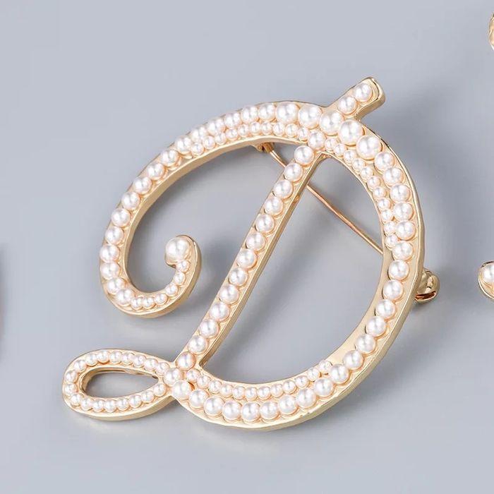 Brosa perle