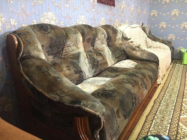 Мебель для гостиной, диваны и кресло