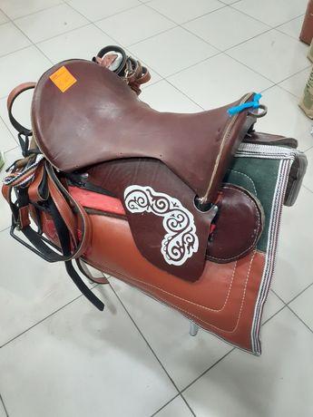 Продам седло для лошадей