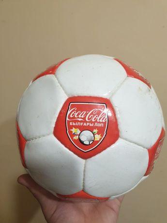 Продам оригинальный футбольный мяч