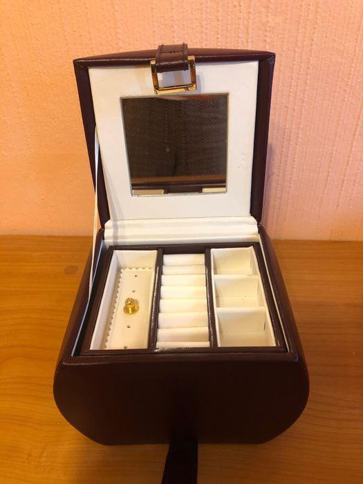 Caseta bijuterii Brasov - imagine 1