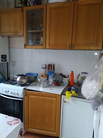 Продам б/у кухонный гарнитур