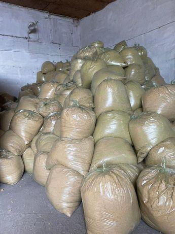 Утеплитель россыпью в мешках из отходов от резки каменной ваты 130кг/м