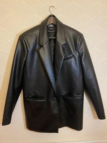 Zara кожаный пиджак