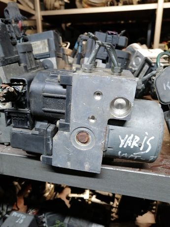 ABS модул за Toyota Yaris.