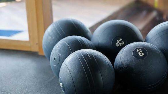 Фитнес топка , Слем бол,  Slam Ball,  Топка за удари 3 кг