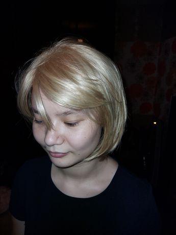 Продам парик для девушек и женщин.