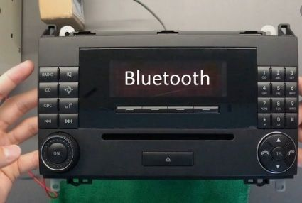 Bluetooth aux адаптер за Mercedes W169 W245 W203 W209 R230 W221 W251