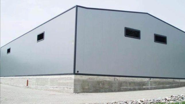 Vand hala metalica 14,5X10 metri cu panouri sandwichi pentru mai multe
