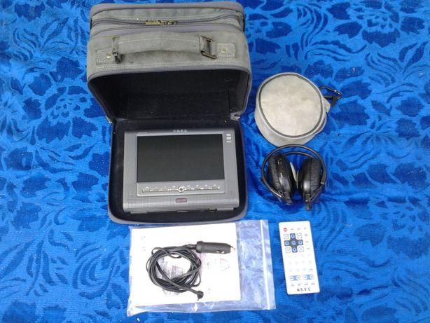 SeViC DVD Auto Portabil + casti + telecomanda