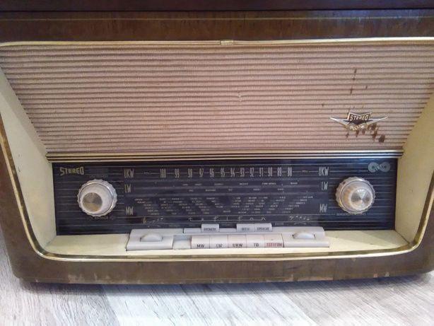 Radio stereo cu lampi/tuburi vintage