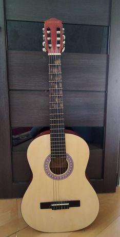 Гитара от компаний CORTLAND