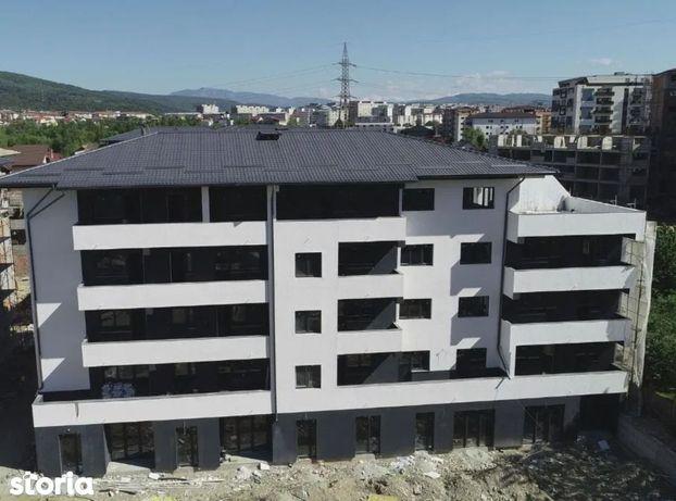 Apartament 2 camere   Decomandat   Etaj 3