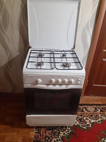 Продаю срочно газовую плиту