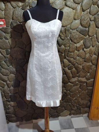 Къси рокли бели 30лв