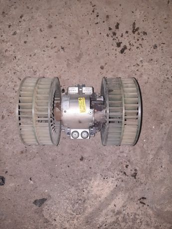 Моторчик печки БМВ 730