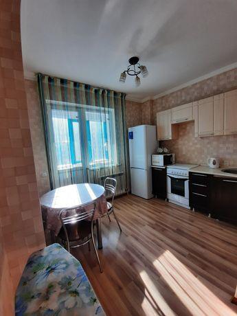 1 комнатная квартира лазурка 8000