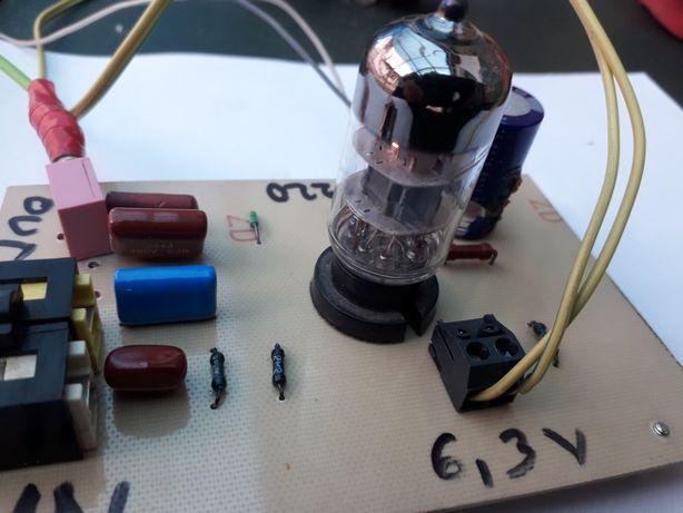Preamplificator stereo cu lampă 6n3p(5670)