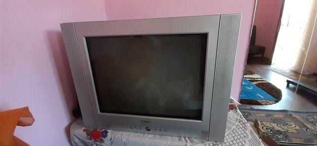 Vând televizor..