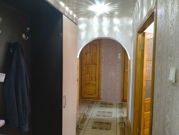 Обменяю 3-х комнатная квартиру на частный дом.