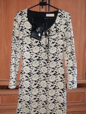 Платье, молочного цвета  из панбархата.
