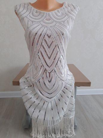 Новое белое платье 42 размер