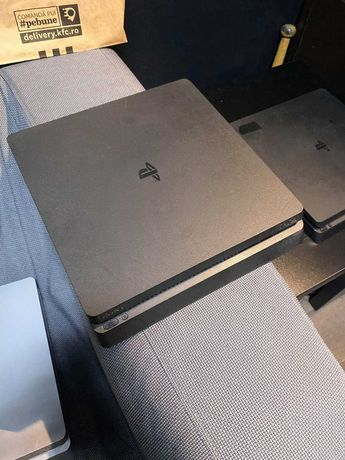 PS4 Slim 500 si 1T Cd defect in rest stare perfecta de functionare