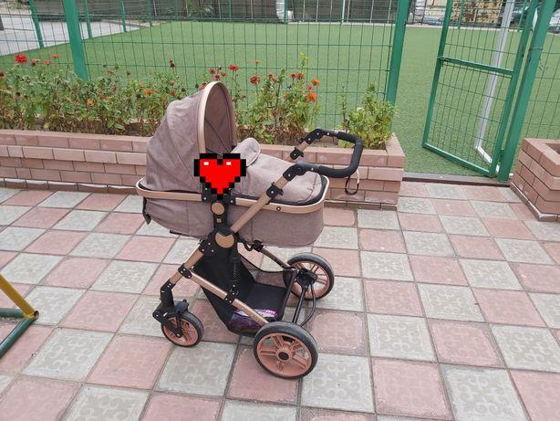 Продам Детскую коляску Трансформер в идеальном состоянии.