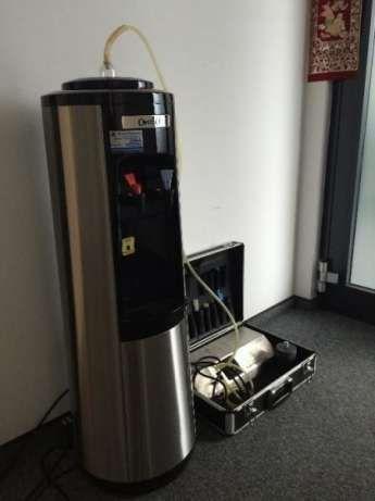 Профилактика на Диспенсер - машина за топла и студена вода