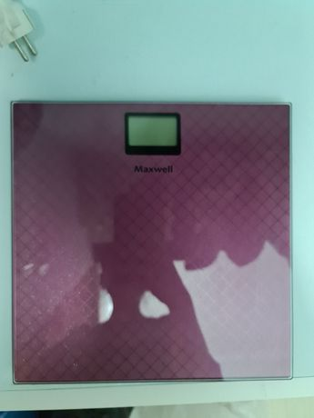 Напольные весы максвелл