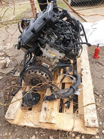 Dezmembrez bmw e83 2d turbina, injectoare, alternator. electromotor,