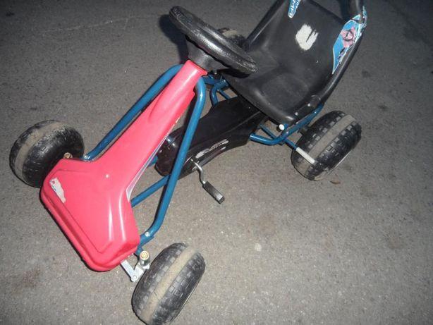 Kart cu pedale frantuzesc