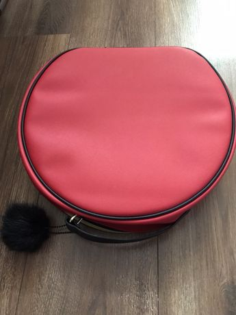 Elizabeth Arden козметична чанта
