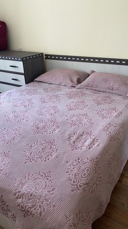 Спальный гарнитур в отличном состоянии