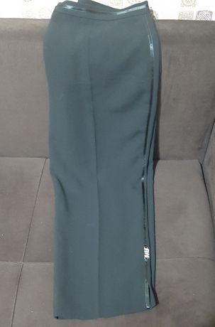 Женские брюки и юбка 50-52 размера
