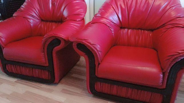 Canapea si doua fotolii piele ecologica