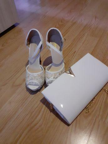 Обувки с чанта