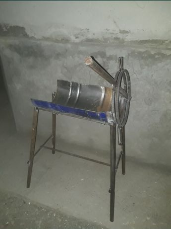 Сенодробилка ручная