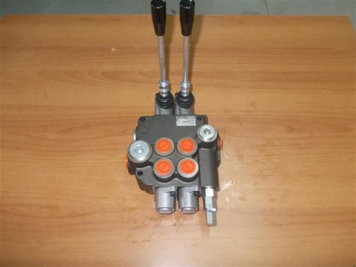 Distribuitoare hidraulice 80 litri 2 manete - Distribuiotr hidraulic Ploiesti - imagine 1