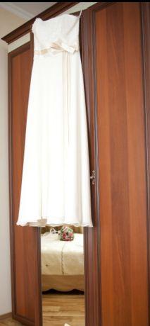 Нежное платье на узату
