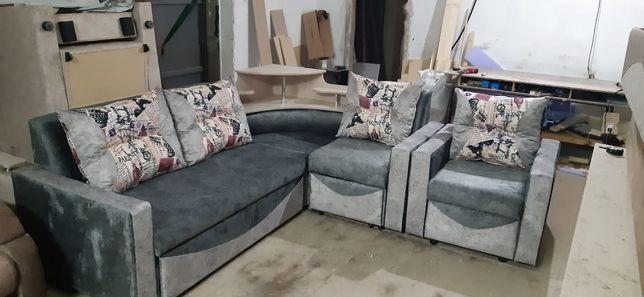 Угловой диван +Кресло.145 000