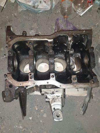 Блок двигателя на камри