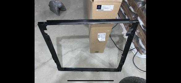 W166 рамка за климатичен радиатор