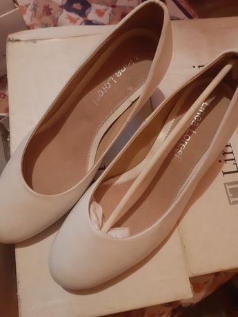 Vand pantofi damă