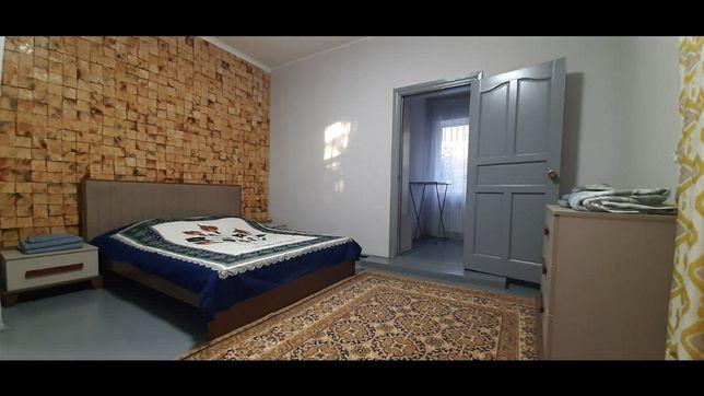 Сдам элитную 2х комнатную квартиру посуточно район Рощи